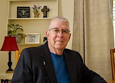 Author Tom Beaudin